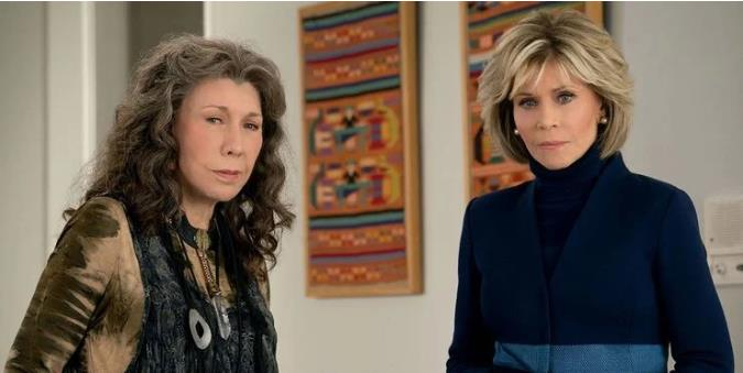 Grace And Frankie: 5 Reasons They Are Roommate Goals (& 5 They Aren't)Grace And Frankie: 5 Reasons They Are Roommate Goals (& 5 They Aren't)